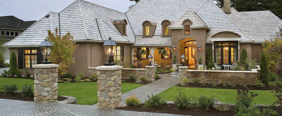Отделка фасада дома в английском стиле