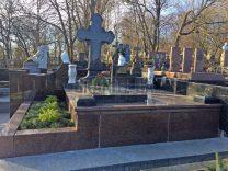 Памятники с крестом фото (16)