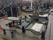 Памятники с крестом фото (29)