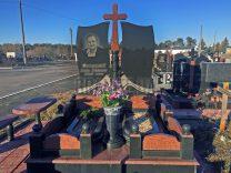 Памятники с крестом фото (42)
