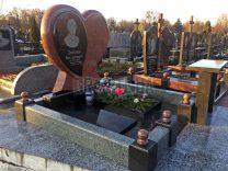 Памятники с сердцем фото (15)