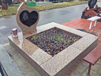 Памятники с сердцем фото (4)