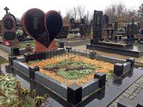 Памятники с сердцем фото (8)