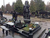 Столики и лавки на кладбище фото (1)
