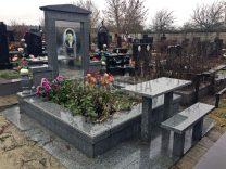Столики и лавки на кладбище фото (6)