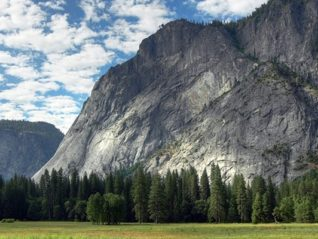 Гранитные скалы